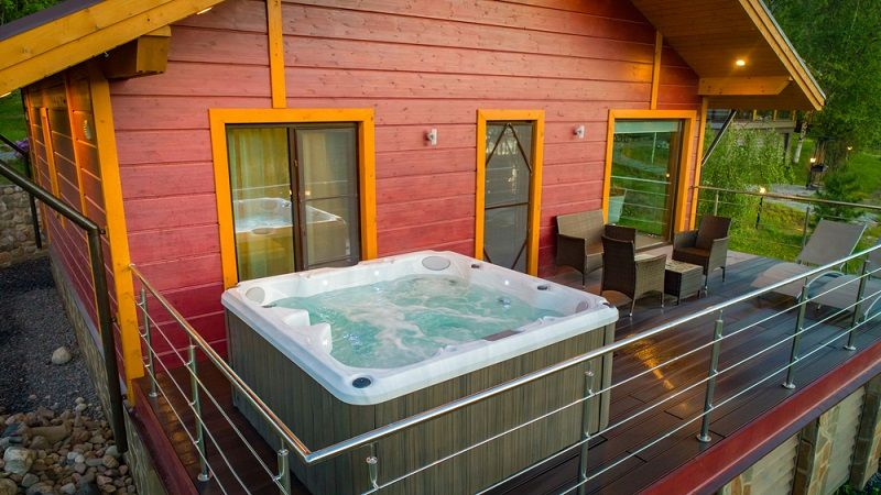 salt water hot tub
